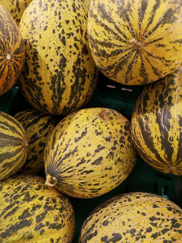 round yellow fruits
